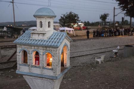Migrants lining up to cross the Greek border with Former Yugoslav Republic of Macedonia (FYROM).