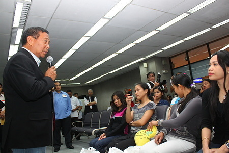 IOM assists a group of Filipino nationals in returning to the Philippines.