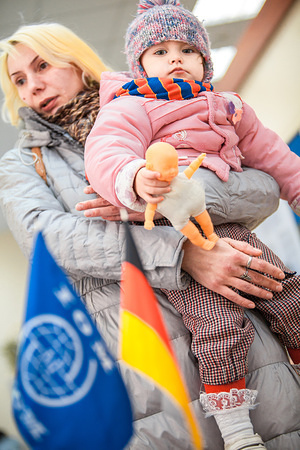 IDPs in Kharkiv, Ukraine, receiving cash assistance from IOM within a project, funded by Germany.