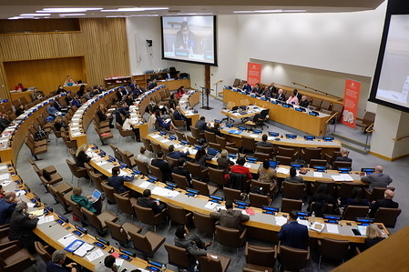 The International Organization for Migration's (IOM) first International Dialogue on Migration (IDM) at the United Nations (UN) Headquarters in New York, since joining the UN last year, took place on 18 and 19 April.  Under the theme Strengthening International Cooperation on and Governance of Migration towards the Adoption of a Global Compact for Safe, Orderly, and Regular Migration in 2018, the IDM gathered over 300 representatives of States, civil society and other key actors from all relevant sectors.