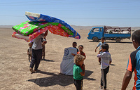 Five trucks and a group of 12 IOM staffers, from the Rapid Assessment Response Team (RART), visited the Badoush settlement to distribute much-needed NFI assistance to the displaced population, which IOM estimates is about 1,530 individuals. IOM is the first NFI partner to assist here.    Photo: Elham Mohamad Taher / UN Migration Agency (IOM) 2017