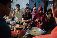 Afghan refugees provide cooking lessons to local Indonesians on cuisine from their homeland. For many refugees awaiting resettlement in Indonesia, they often look for various ways to contribute back while awaiting for their refugee case to be processed.